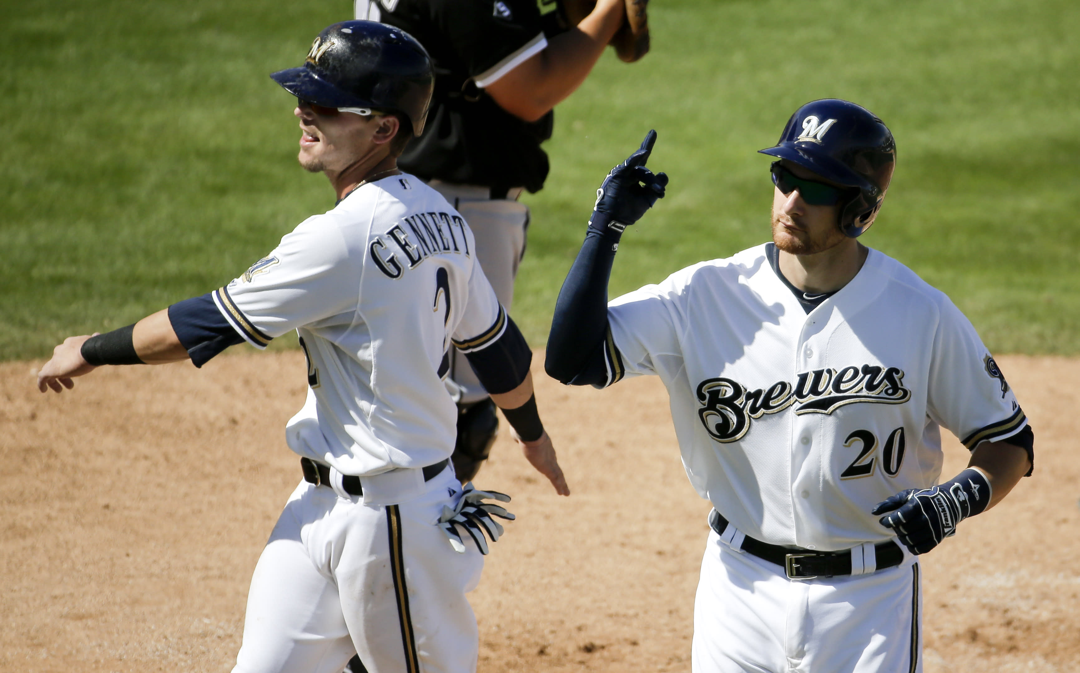 Brewers look for consistency in batter's box in 2015