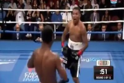 Ricardo Mayorga grabs crotch, mocks Shane Mosley, gets knocked out 3 rounds later
