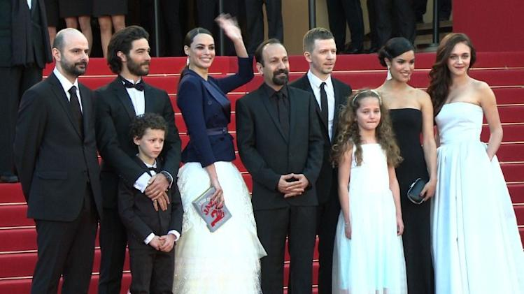 "Cast of Farhadi's ""The Past"" walks red carpet"
