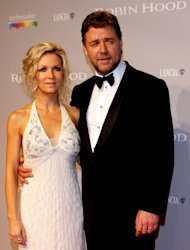 Russell Crowe and wife Danielle Spencer attend the opening night premiere of &#39;Robin Hood&#39; at the Palais des Festivals during the 63rd Annual International Cannes Film Festival on May 12, 2010