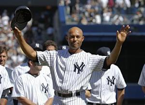 Yankees' Rivera responds to the sold-out crowd during ceremonies honoring him before their MLB Interleague baseball game against the Giants in New York