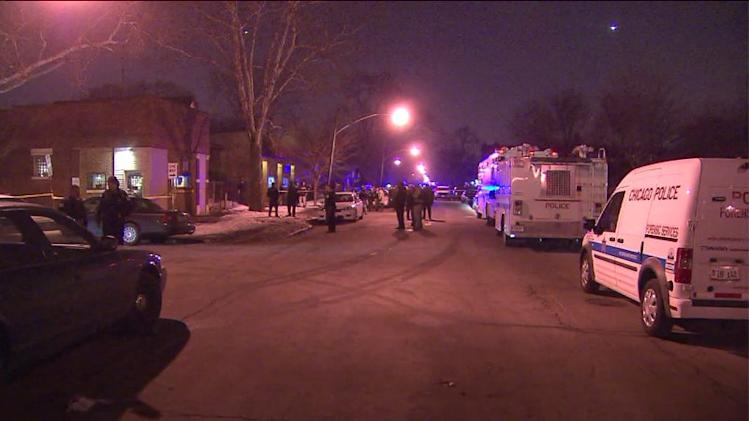 Chicago Police officer shot in head on South Side