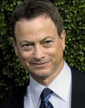 FILE - In this July 28, 2010 file photo, actor Gary Sinise arrives at the CBS CW Showtime press tour party in Beverly Hills, Calif. Sinese and New Orleans jazz musician Trombone Shorty Andrews will lead the parade of the Krewe of Orpheus on the evening of Lundi Gras, the day before Fat Tuesday. The celebrity riders were announced Thursday, Dec. 6, 2012, at Mardi Gras World, the huge studio where many Carnival floats are built. Orpheus marks its 20th anniversary when it parades Feb. 11.  (AP Photo/Dan Steinberg, File)
