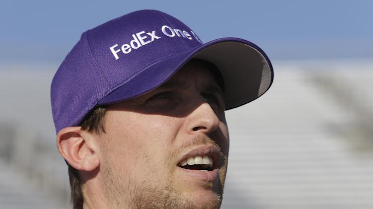 Hamlin wins pole at Martinsville; Johnson second