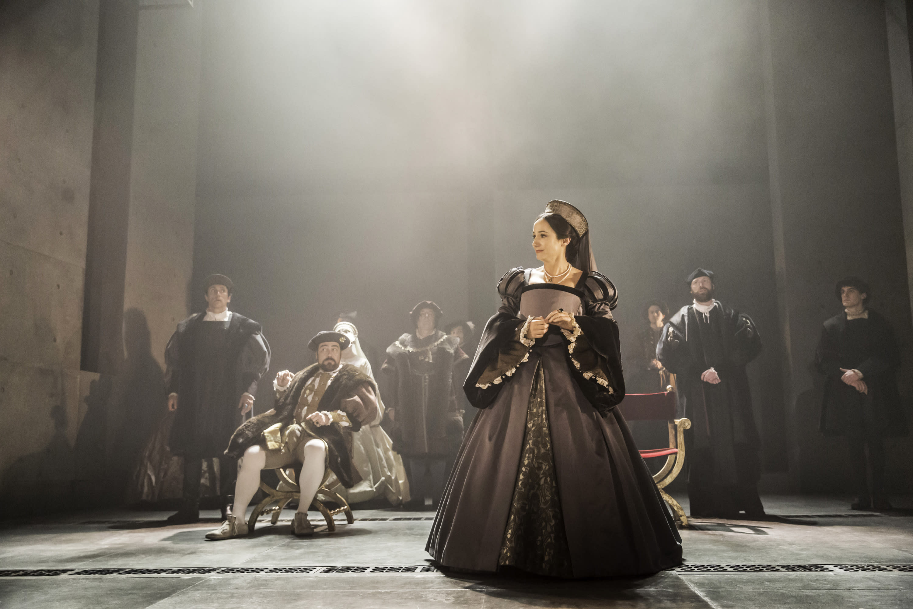 How 'Wolf Hall' director Jeremy Herrin keeps audiences rapt
