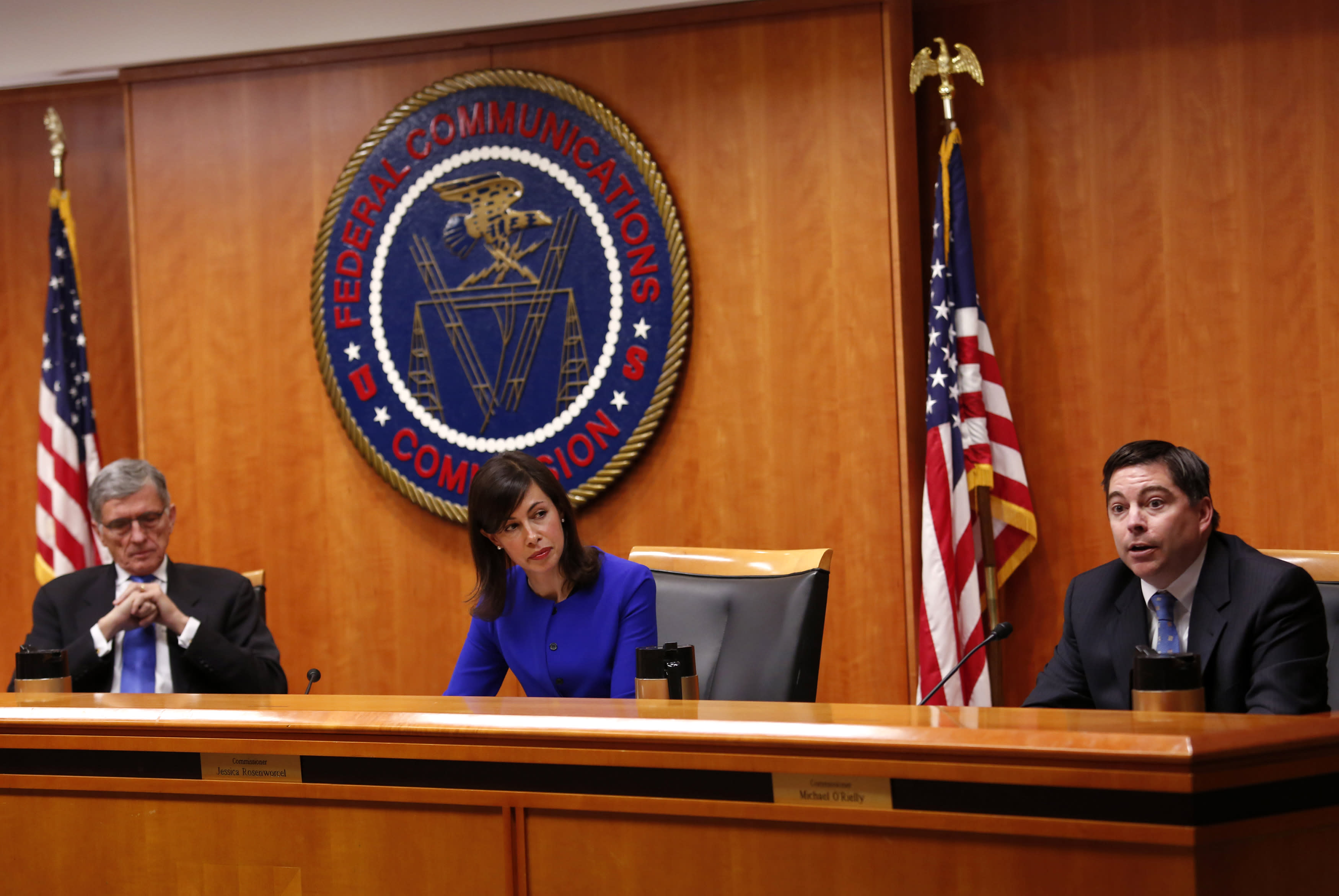 Why the FCC Is Blasting Verizon and AT&T Over Net Neutrality