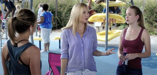 'Mother's Day' Trailer: Roberts, Aniston, Hudson & Sudeikis Celebrate Momhood