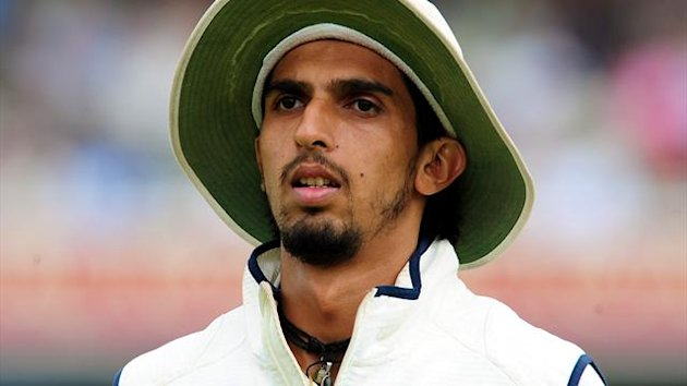 Ravichandran Ashwin and Ishant Sharma, pictured, were at the crease for more than an hour in a ninth-wicket stand of 38