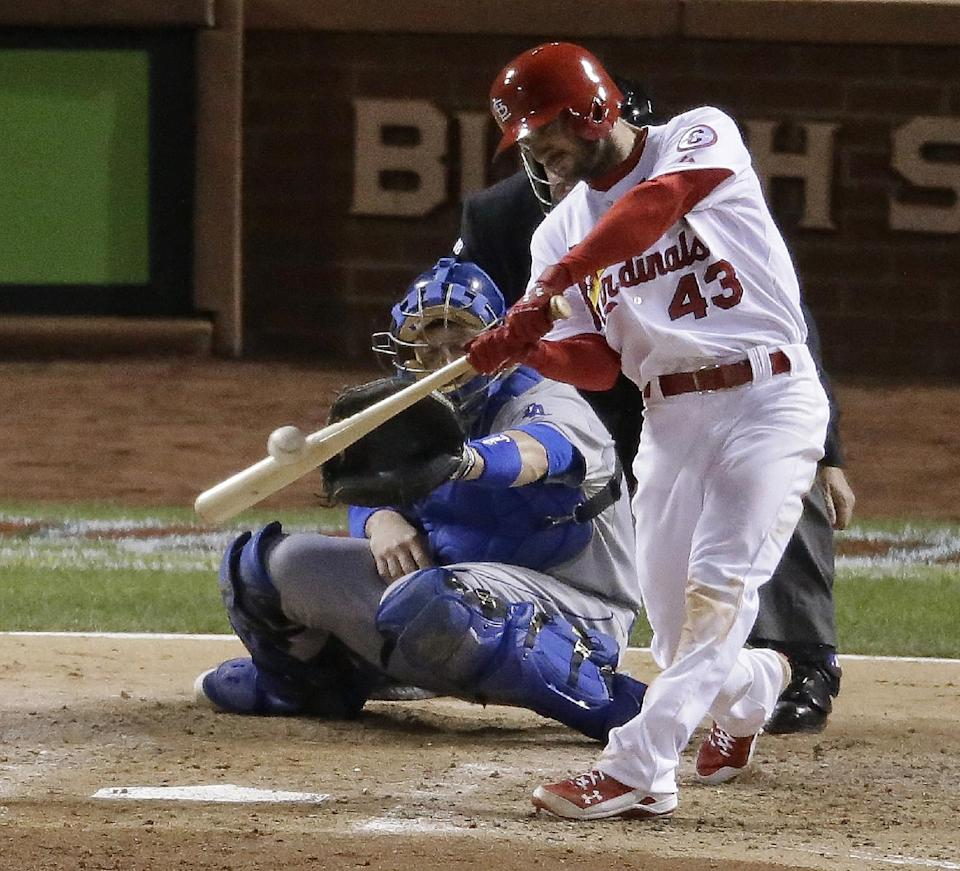 Cardinals rough up Kershaw, headed to World Series