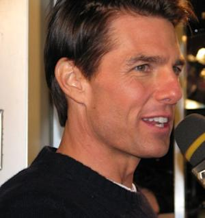 Is Tom Cruise Bungling Bachelorhood? Plus, More Suddenly Single Male Stars Who Misbehaved
