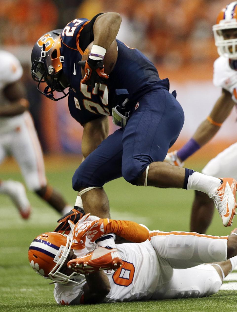 No. 3 Clemson beats Syracuse 49-14 behind Boyd