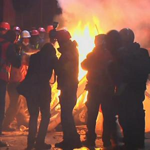 Raw: Ukrainian Police Clash With Demonstrators