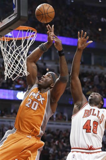 Scola scores 22 as Suns beat Bulls 97-81