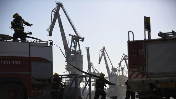 Israeli fire fighters take part in a drill at Ashdod port