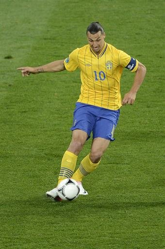 Sweden - Ibrahimovic pledges …