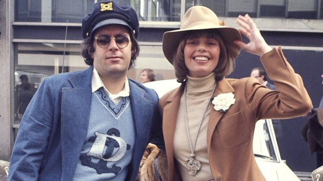 The Captain And Tennille to Divorce (ABC News)