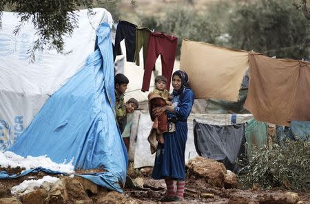Syria says approves U.N. $2.9 billion humanitarian aid plan for 2015