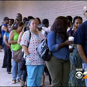 Parents, Mayor Upset Over Newark School Enrollment Program