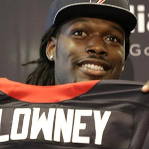 Jadeveon Clowney Talks Spurrier, Health, Houston