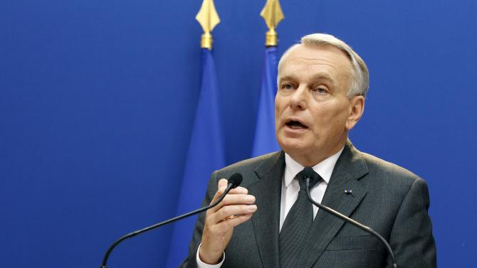 French prime minister Jean Marc Ayrault addresses reporters as he makes a statement on the Arcelor Mittal situation, at the Hotel Matignon in Paris, Friday Nov. 30, 2012. Steelmaker ArcelorMittal will invest 180 million euros in its Florange steelworks in northern France under a deal with the government to save jobs at two shuttered blast furnaces.(AP Photo/Remy de la Mauviniere)