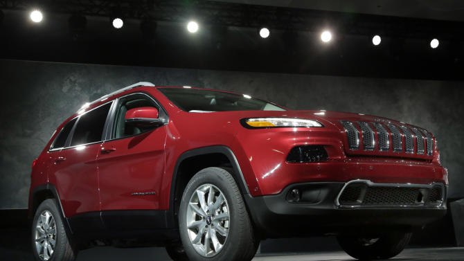 Holiday weekend gives a boost to auto sales