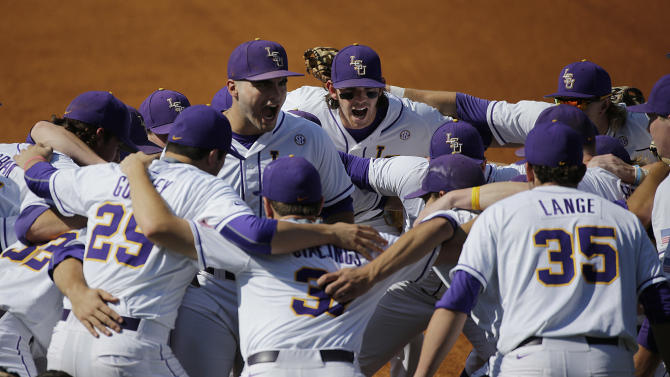 LSU huddles before their game against Florida during a Southeastern Conference college baseball tournament game at the Hoover Met, Saturday, May 23, 2015, in Hoover, Ala. (AP Photo/Brynn Anderson)