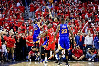 Stephen Curry did the impossible, again