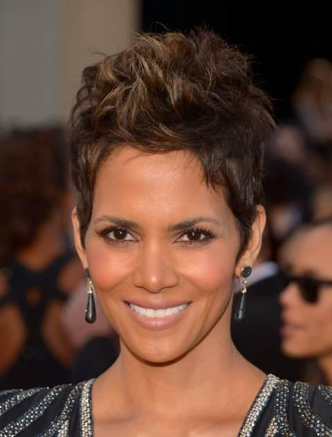 Halle Berry Oscars 2013 -- Getty Images