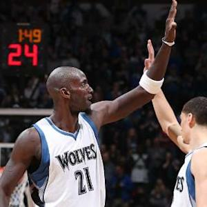 Block of the Night - Kevin Garnett