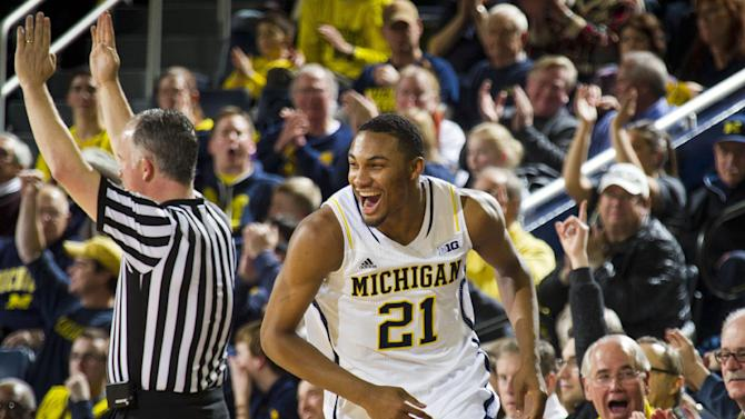 Michigan rebounds with 79-50 rout of Nebraska