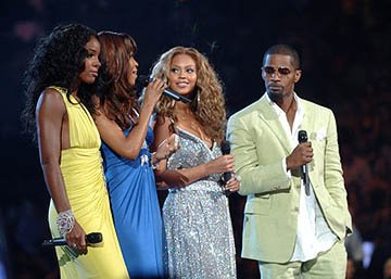 Kelly Rowland, Michelle Williams (II), Beyonce Knowles and Jamie Foxx