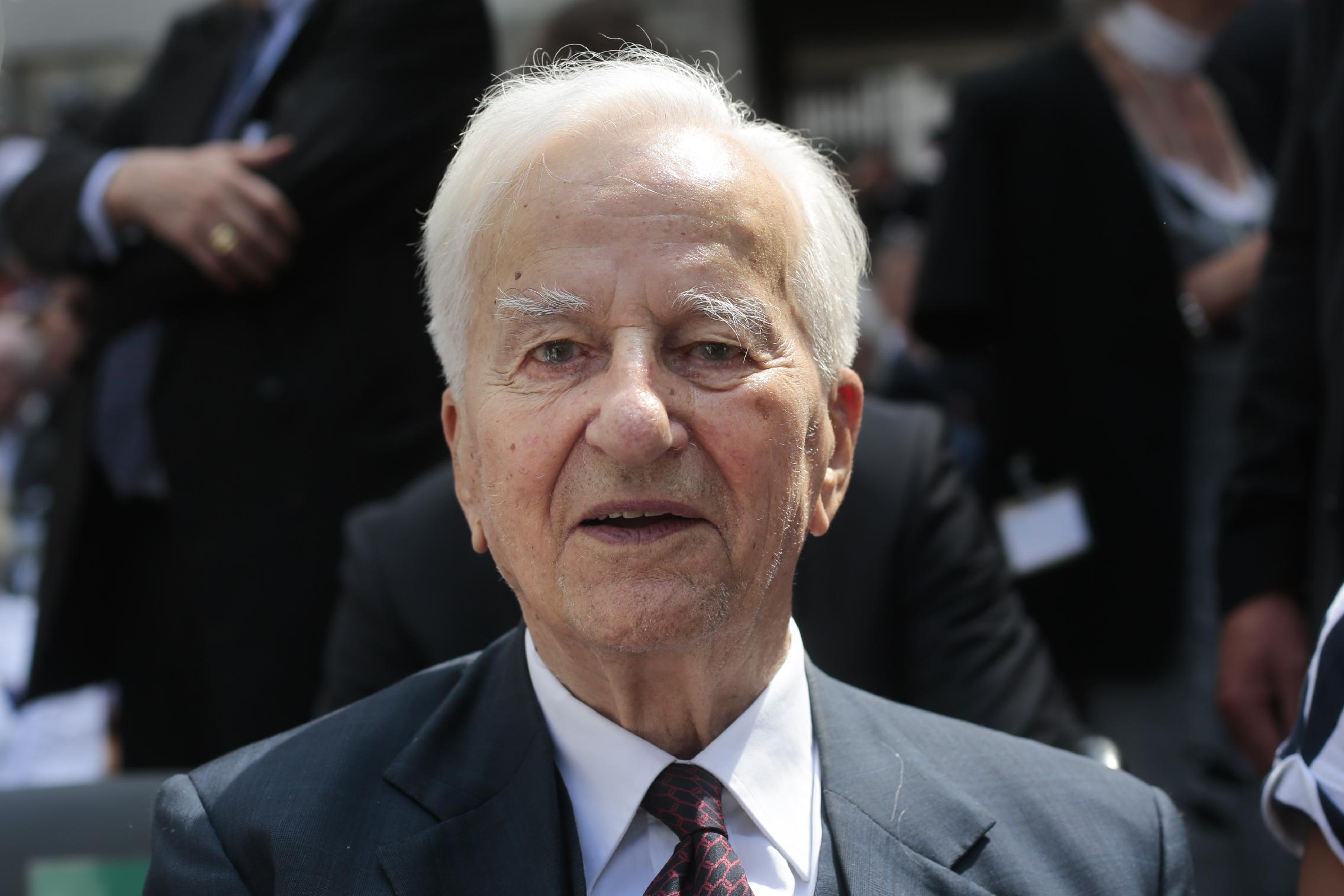 Former German president Richard von Weizsaecker dies at 94