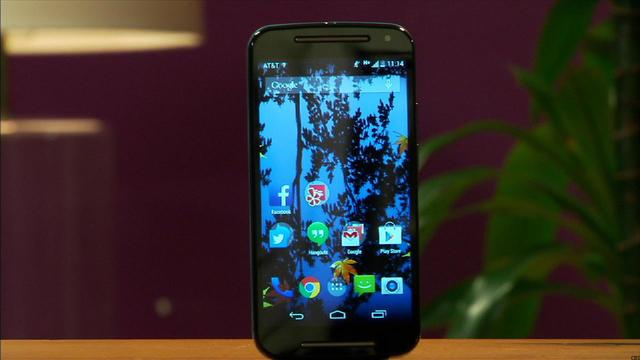 5-inch Moto G fits your budget and your hand