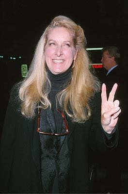 Premiere: Betty Thomas at the Mann's Chinese Theater premiere of Columbia's Charlie's Angels - 10/22/2000