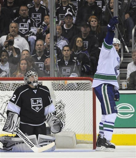 Kings-Canucks Preview
