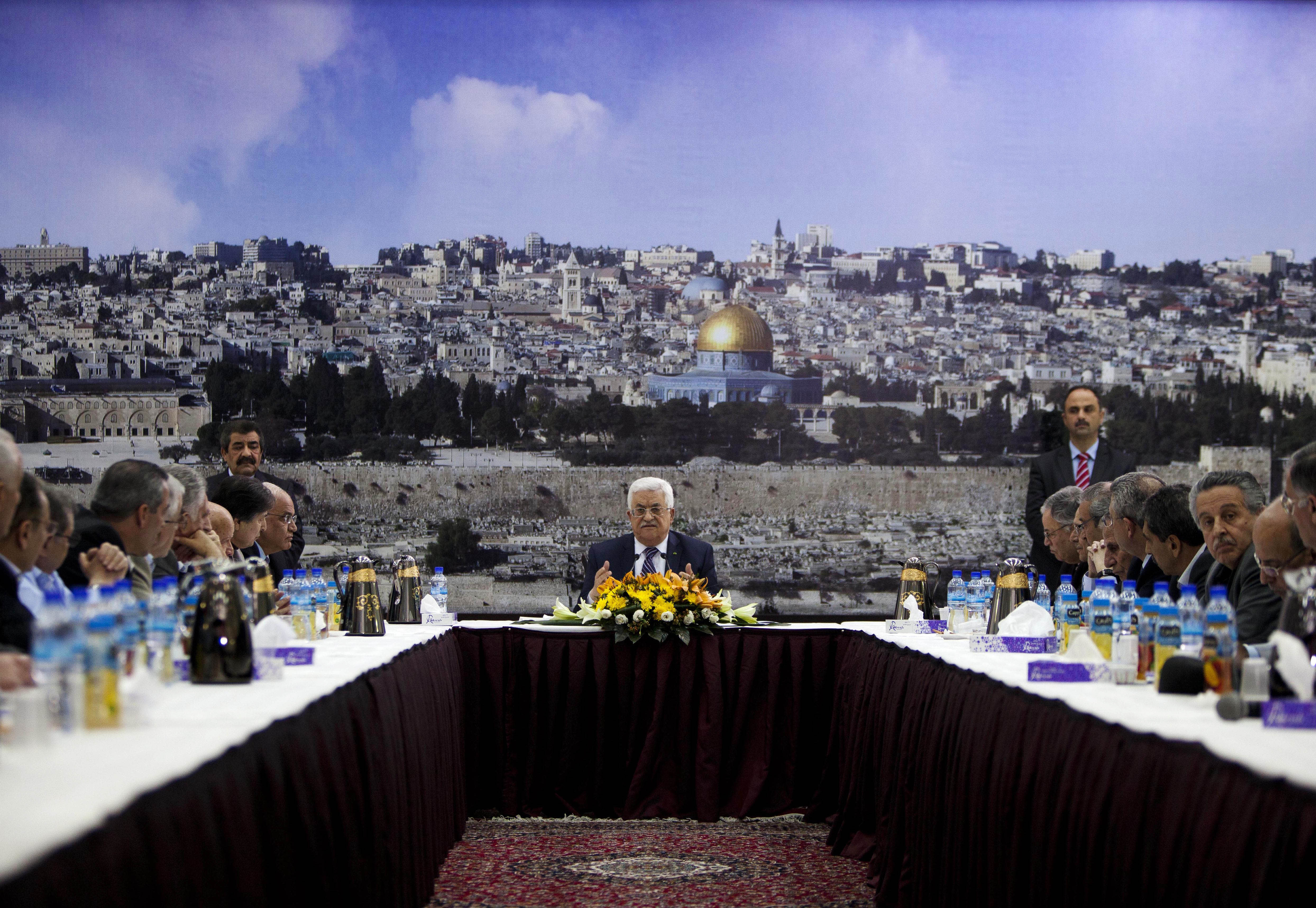 Under Abbas, majority say they can't speak freely