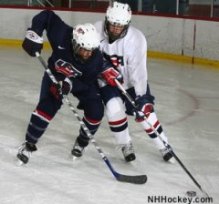 U.S. Hockey considers banning checking in peewee hockey
