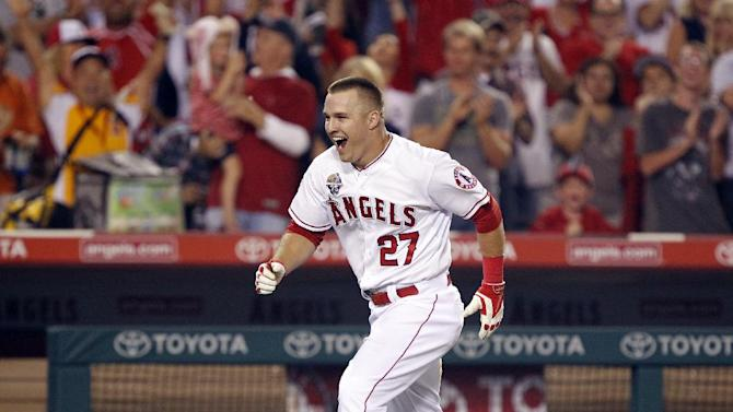 Angels beat Astros 7-6 on walkoff homer by Trout