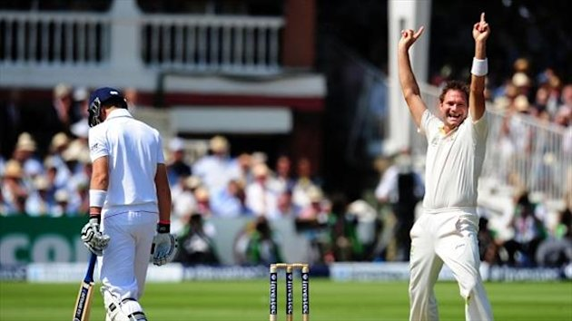 Ryan Harris, right, impressed on his return to the Australia side on day one at Lord's