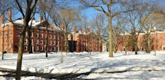 615_Harvard_yard_winter_wikipedia.jpg