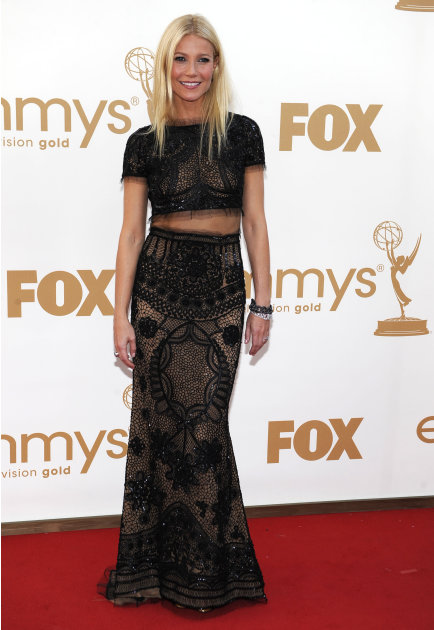 Gwyneth Paltrow arrives at the 63rd Primetime Emmy Awards on Sunday, Sept. 18, 2011 in Los Angeles. (AP Photo/Chris Pizzello)