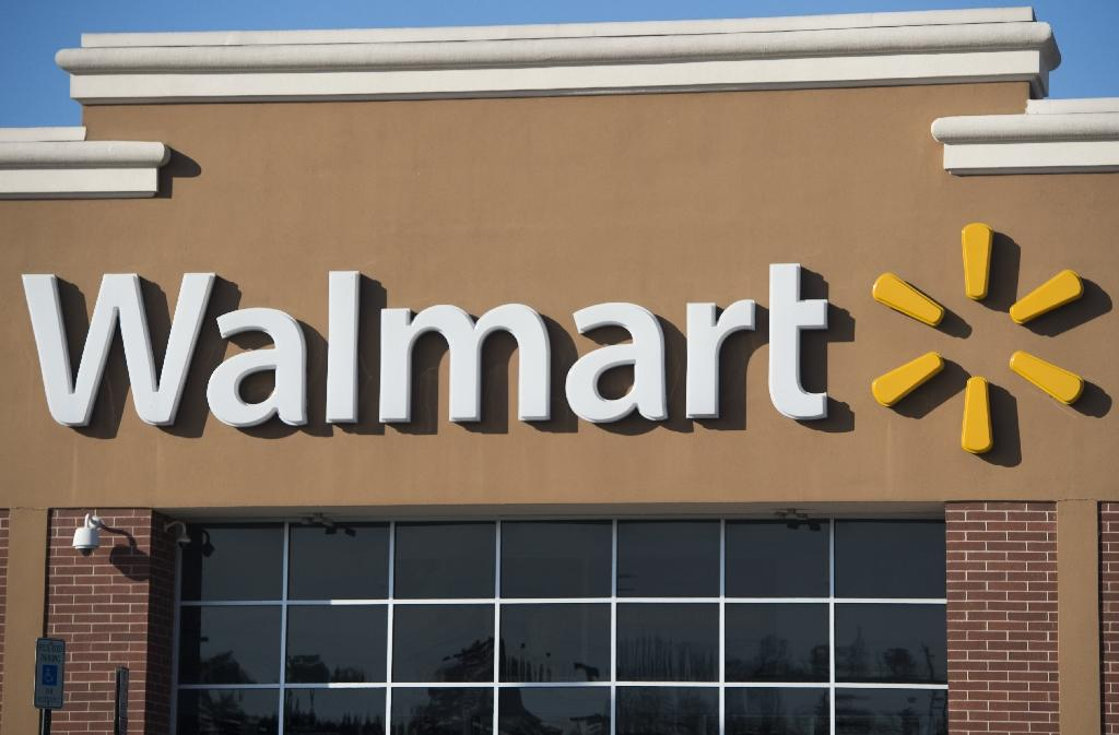Wal-Mart pushes US meat suppliers to limit antibiotics
