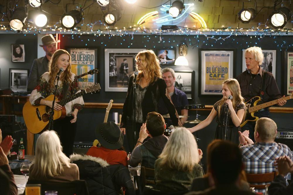 Nashville Pics: Rayna & Her Girls Pack The Bluebird, Deacon Gets a Visitor