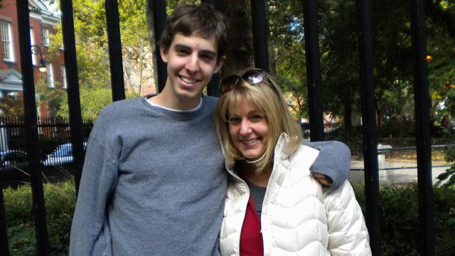 'Mama's Boy Myth': Sons Who Are Close to Mom are Stronger