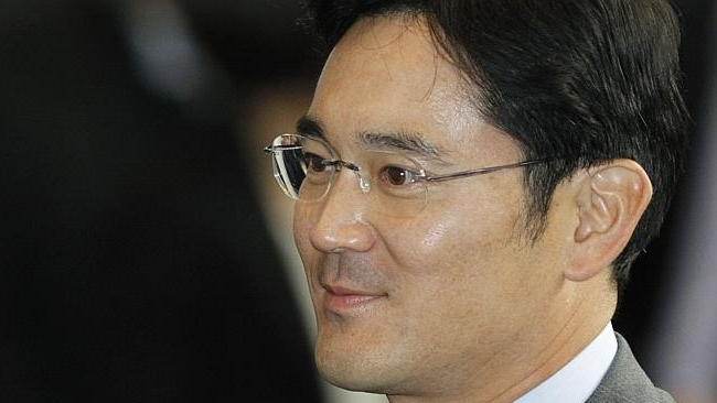 Samsung promotes founder's grandson to vice chairman