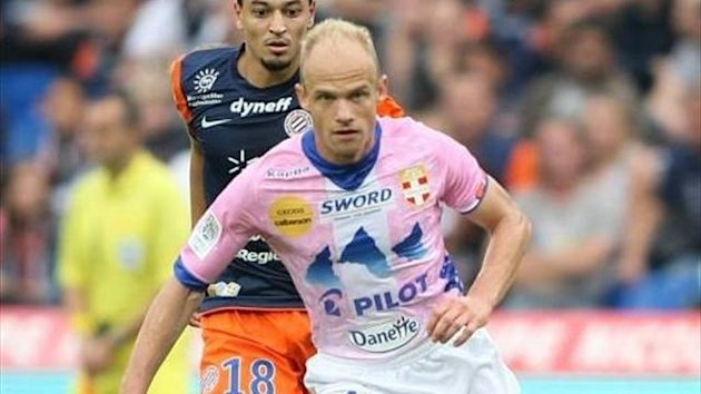 Czech midfielder David Jarolim, who has left Evian after just three months