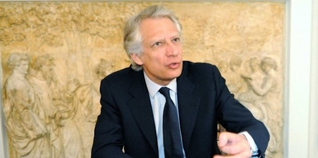 "Dominique de Villepin se ""pose la question"" de son retour à l'UMP"