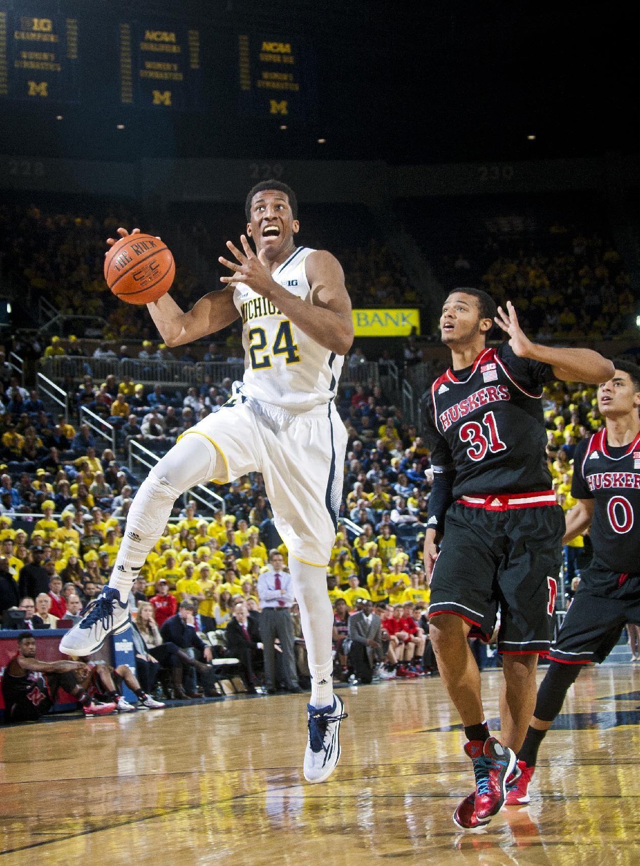 Michigan beats Nebraska 58-44