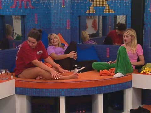 Big Brother - Feed Clip: Blow-drying …