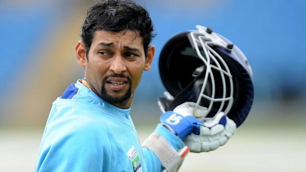 Sri Lanka's Tillakaratne Dilshan blasted a superb 147 in the opening Test defeat to Australia